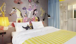 »twenty five hours hotel« in Wien – das 24-Stunden-Spektakel