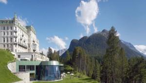 Grand Hotel Kronenhof in Pontresina – Schweizer Sommer mit Alphütten-Butler